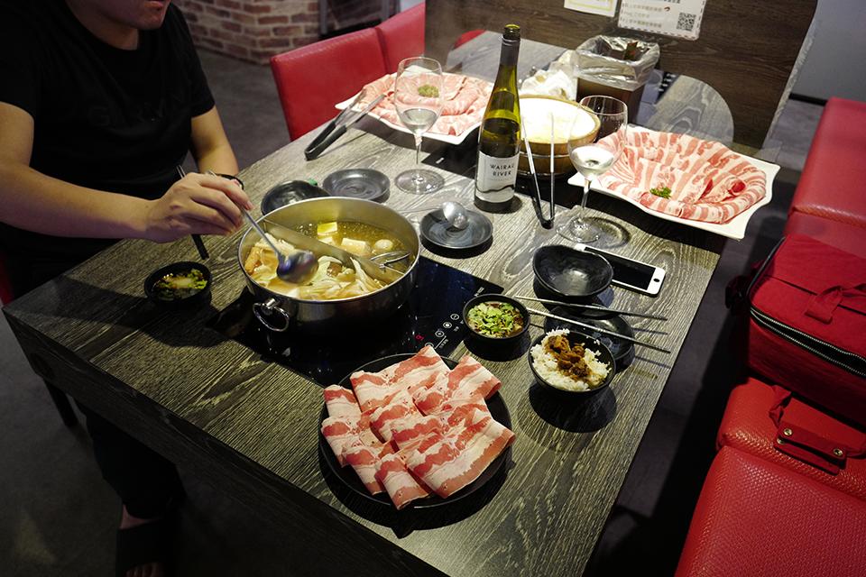 上官木桶鍋中壢店 78